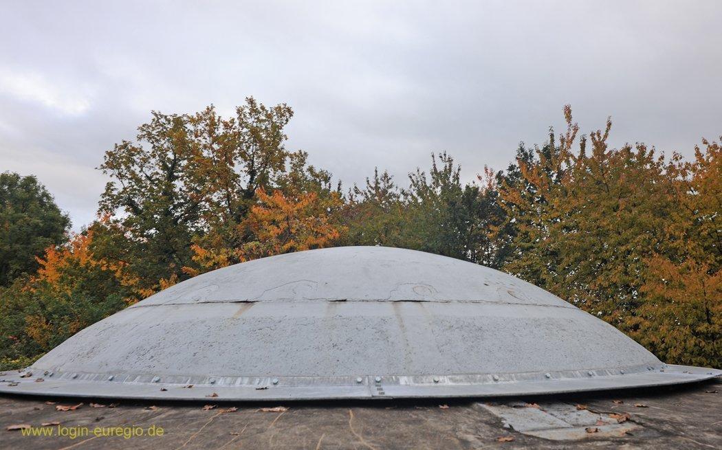 Fort Eben Emael: einfahrene Panzerkuppel